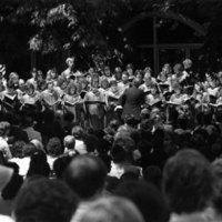 Choir singing at the memorial service of Tomás Rivera